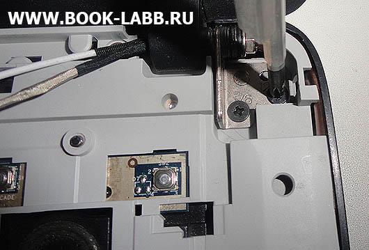 замена петли крепления крышки ноутбука acer aspire 5520g